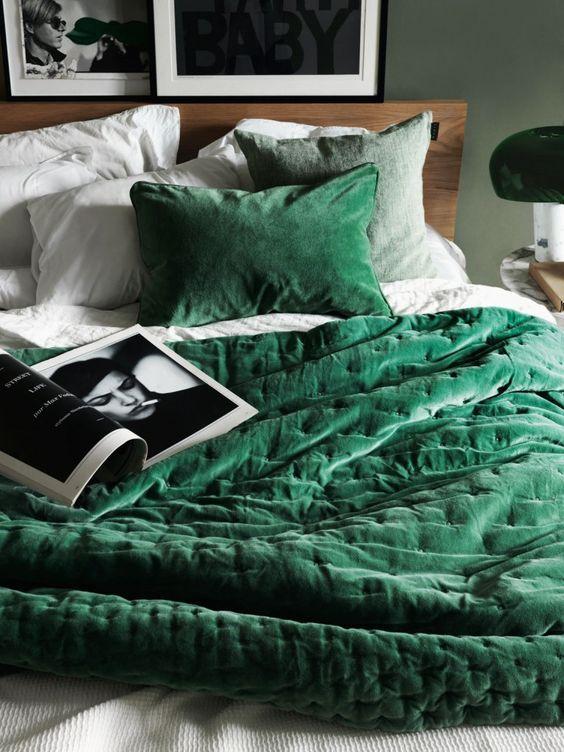 Green Bedsheet